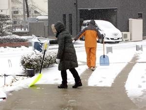2月8日雪かき2.JPG